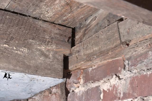 Lifting Up A Sagging Floor Diy Old House Crazy