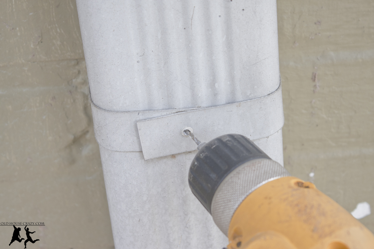 How to install a downspout in a gutter - We