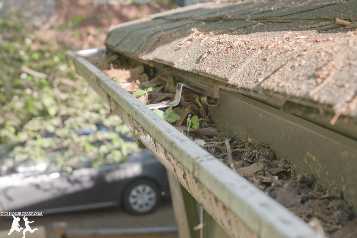 The Secret To Cleaning Out Gutters Diy Old House Crazy